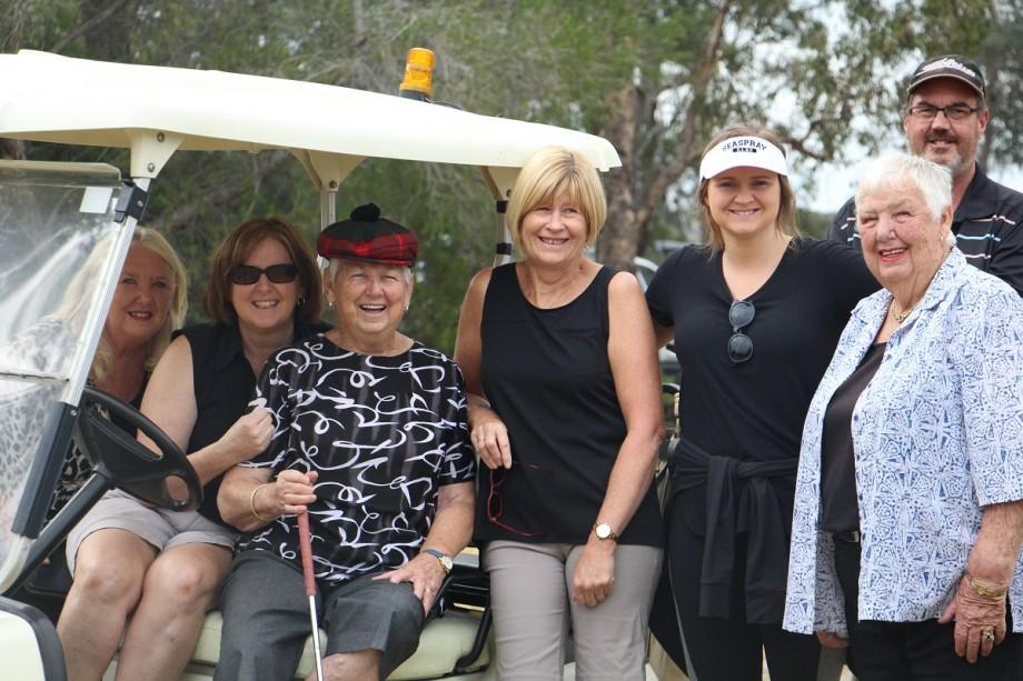 ASH_golf_ladies